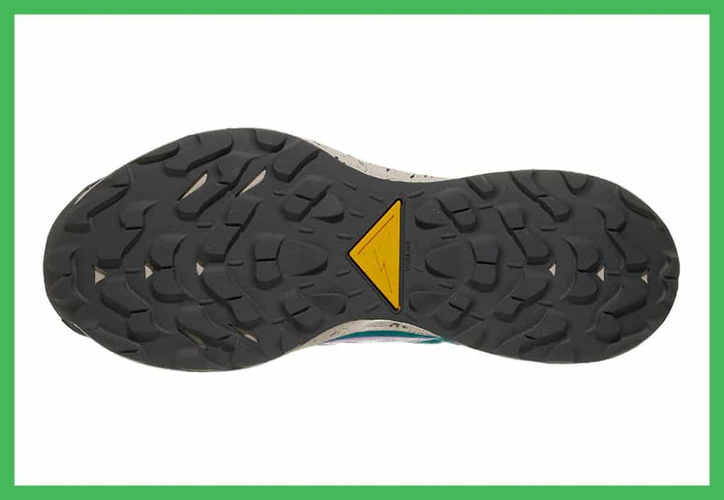 Pegasus Trail rubbber outsole with lugs
