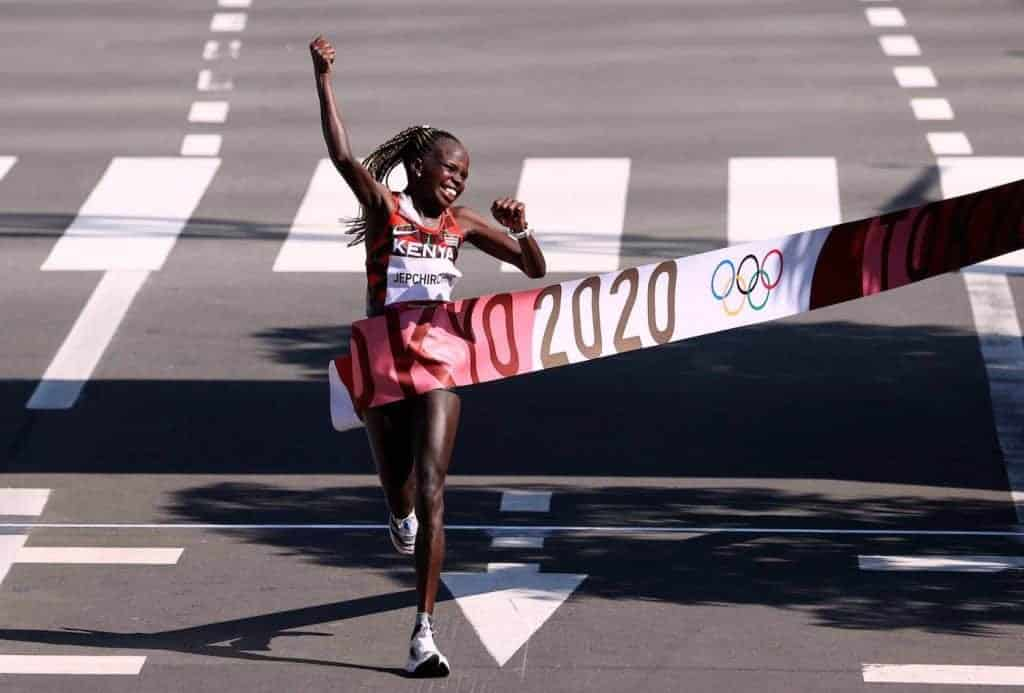 Peres_Jepchirchir gold medal marathon tokyo 2021